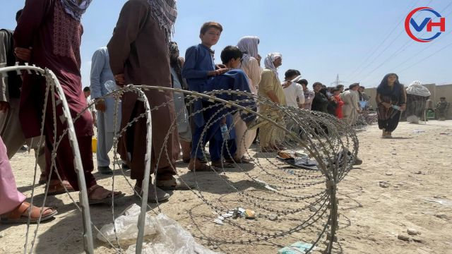 İran'dan, Afgan sığınmacıların ülkeye girişini engelleme kararı